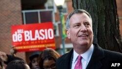 Новоизбранный мэр Нью-Йорка демократ Билл де Блазио