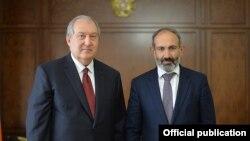 Armen Sarkisian și Niko Pașinian