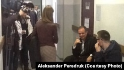 В ожидании решения Фрунзенского районного суда Санкт-Петербурга