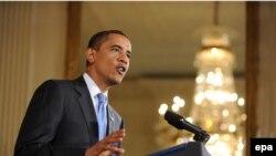 الرئيس الأميركي باراك أوباما يتحدث في البيت الأبيض عن الإنسحاب الأميركي من المدن العراقية.