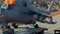 په وروستیو کې هند د افغانستان هوایي ځواکونو ته څلور «Mi-25» جنګي هیلکوپټرې ورکړې.