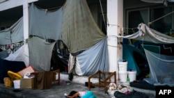 Kamp za izbeglice na napuštenom aerodromu u Atini