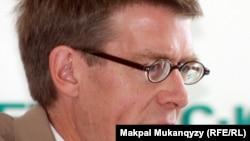 Хью Уильямсон, директор Европейской и Центральноазиатской программы Human Rights Watch. Алматы, 10 сентября 2012 года.
