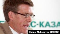 Hugh Williamson, Drejtori i HRW-së për Evropë dhe Azi