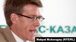 Директор європейського і центрально-азійського офісу Human Rights Watch Гаґ Вільямсон