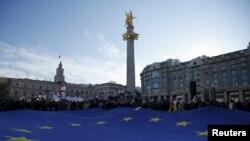 У правительственного «десанта» в Европу одна цель – убедить власти стран ЕС в том, что Тбилиси заслуживает получения безвизового режима на рижском саммите ЕС по Восточному партнерству