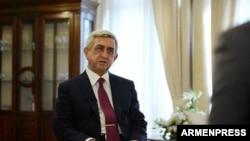 Премьер-министр Армении Серж Саргсян дает интервью телекомпании «Шант», 18 апреля 2018 г.