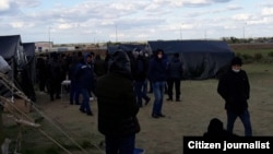 Самара ва Оренбург вилоятида минглаб ўзбекистонликлар чегарадан ўтолмай қолиб кетган эди.