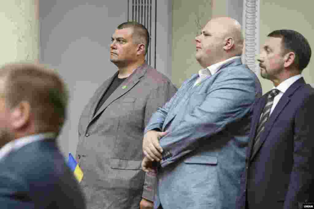 Народний депутат України Юрій Корявченков під час урочистого засідання Верховної Ради IX скликання