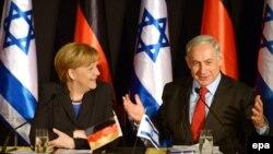 German Chancellor Angela Merkel (left) and Israeli Prime Minister Benjamin Netanyahu hold a joint press conference in Jerusalem on February 25.