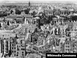 Drezden bombardmandan sonra, Fevral 1945