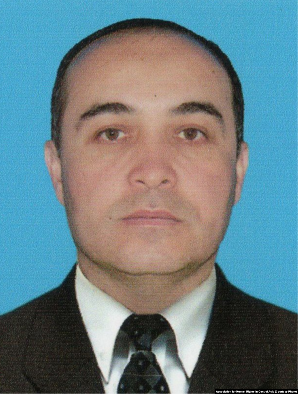 Since 2005, Fahriddin Tillaev has advocated for workers' rights in southeastern Uzbekistan. He was arrested in 2014. Authorities stuck needles between his fingers and toes to force him into a false confession for human trafficking. He is serving an eight-year sentence in Navoi prison.