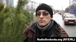 Продавець ялинок в окупованому Донецьку