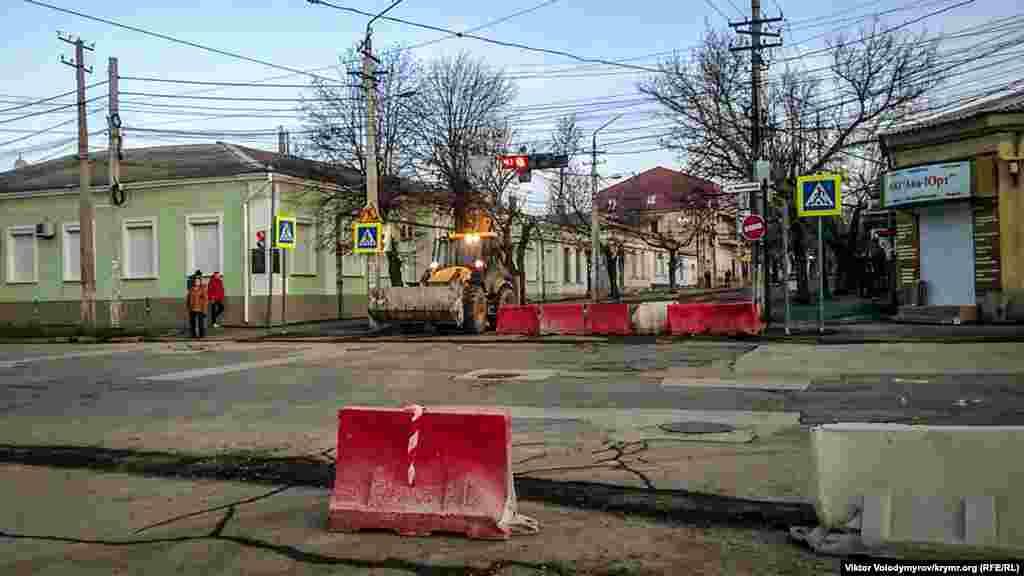 Перекресток улиц Чехова и Караимской