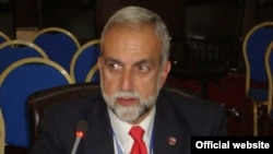 Председатель Американского Комитета «Ай Дат» Кен Хачикян