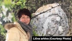 Bosnu, koju najbolje poznajem, pokušavala sam i još uvijek pokušavam, da predstavim međunarodnoj publici, koja ne poznaje Bosnu: Amila Buturović