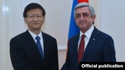 Armenia - President Serzh Sarkisian meets with Meng Jianzhu, a member of the Chinese Community Party's Politburo, in Yerevan, 21May2016.