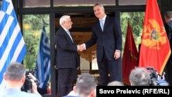 Susret u Podgorici grčkog i crnogorskog predsednika, Prokopiosa Pavlopoulosa i Mila Đukanovića.