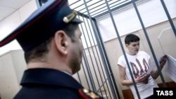 Надія Савченко в суді 6 травня, 2015 року