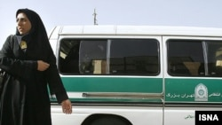 پلیس ایران طی سالهای گذشته برای اجرای «طرحهای اخلاقی» در خیابانها حضور گستردهای داشته است
