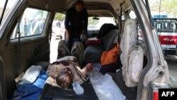 Пострадавший в результате ДТП в Афганистане, Газни, 8 мая 2016 года.