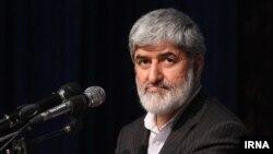 علی مطهری، نایب رئیس مجلس شورای اسلامی، میگوید که دولت حسن روحانی در عرصه سیاست داخلی «توفیق چندانی نداشته است»