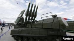 """Зенитный ракетный комплекс """"Бук""""."""