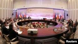 Учасники переговорів в Алмати