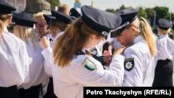 Украинские полицейские в новой форме