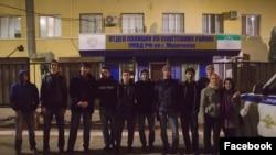 "Участники митинга ""Он вам не Димон"" в Дагестане"