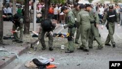 حضور ماموران پلیس تایلند در محل انفجار در بانکوک