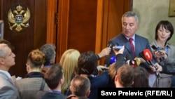 Novinari i premijer Crne Gore Milo Đukanović