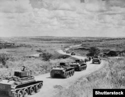 Советские войска входят в Бессарабию, лето 1940 года
