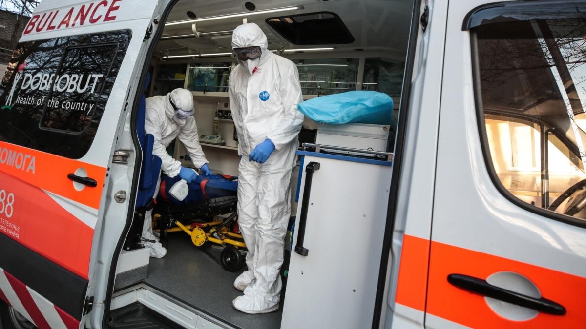 Тело отца вынесли из больницы в мешке и закрыли дверь – дочка рассказала, как забирали умершего от коронавирус