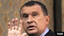 Вице-премьер Игорь Сечин порадовал нефтяников скорым снижением экспортных пошлин