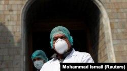 شمار وقایع مثبت ویروس کرونا در افغانستان به ۱۹۶ تن رسیده است.