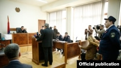 Armenia -- Prime Minister Nikol Pashinian testifies at a district court in Yerevan, April 3, 2019.