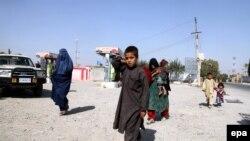 Əfqanlar Kunduzdan qaçır, 6 oktyabr, 2015-ci il