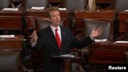 Американский сенатор Рэнд Пол. Вашингтон, 31 мая 2015 года.