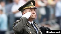 Ілюстративне фото. Міністр оборони Степан Полторак під час воєнного параду на честь Дня Незалежності. Київ, 24 серпня 2016 року