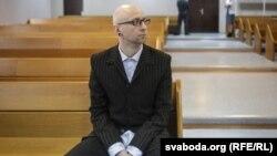 Вячаслаў Касінераў у судзе 27 красавіка 2017 году