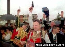 Желько Ражнатович (Аркан) в центре, 1995 год