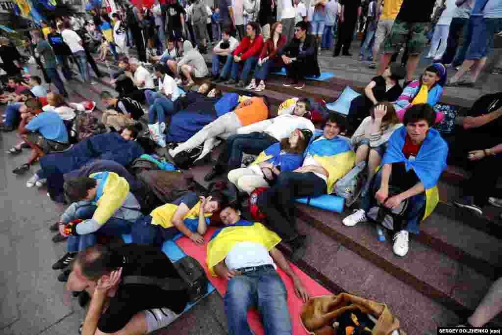 Другий день «Мовного майдану». Київ, 4 липня 2012 року