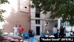 Кудрат Афарди скончался у себя дома в Душанбе