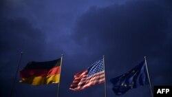 Zastave Njemačke, SAD i EU