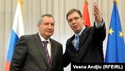 Dmitry Rogozin (L) and Aleksandar Vucic (R)