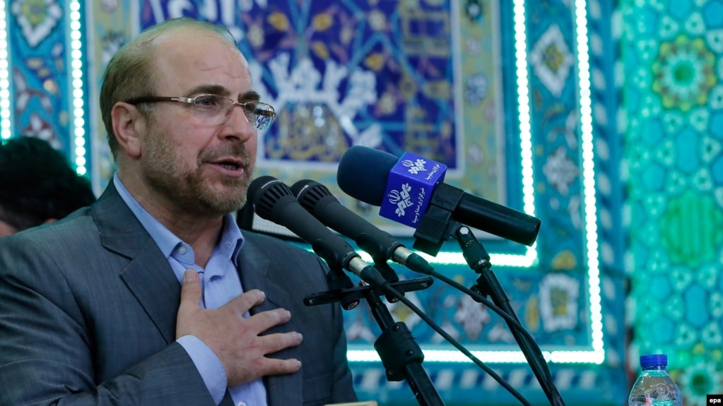 Iran -- Tehran Mayor and presidential candidate Mohammad Baqer Qalibaf speaks during an election campaign rally in Jame mosque in the city of Varamin, May 14, 2017