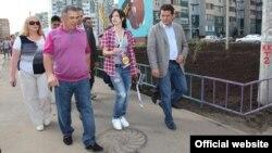 Рөстәм Миңнеханов һәм Илсур Метшин фестивальне оештыручылар белән