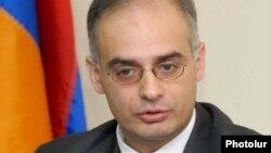 Leading Armenian opposition figure Levon Zurabian