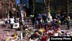 Место, где произошли взрывы в Бостоне. 1 мая 2013 года. Фото Карлыгаш Жакияновой.